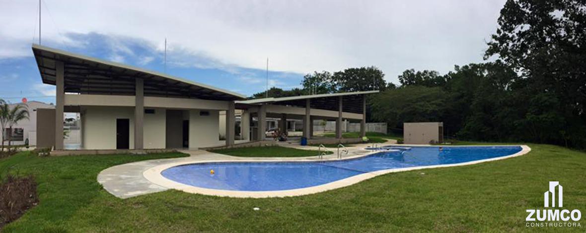 Condominio natura viva rancho y piscina zumco for Hablemos de piscinas
